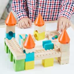 1歳誕生日プレゼント集中力を育むランキング2位「カラフルキャッスル」