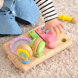 音の鳴るおもちゃランキング2位は10ヶ月から楽しめる木のおもちゃで大人気ファーストMUSIC SET