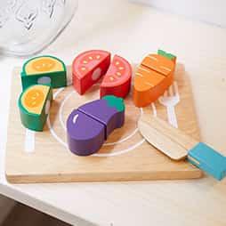 おままごとランキング1位は18ヶ月から型はめパズルも楽しめるおままごとの木のおもちゃベビーOMAMAGOTO