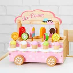 おままごとランキング2位はSNSでも人気の可愛い木のおもちゃのおままごとアイスクリームスタンド
