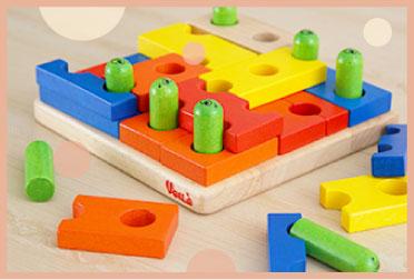 型はめパズルや知育遊びが楽しめるパズル木のおもちゃ