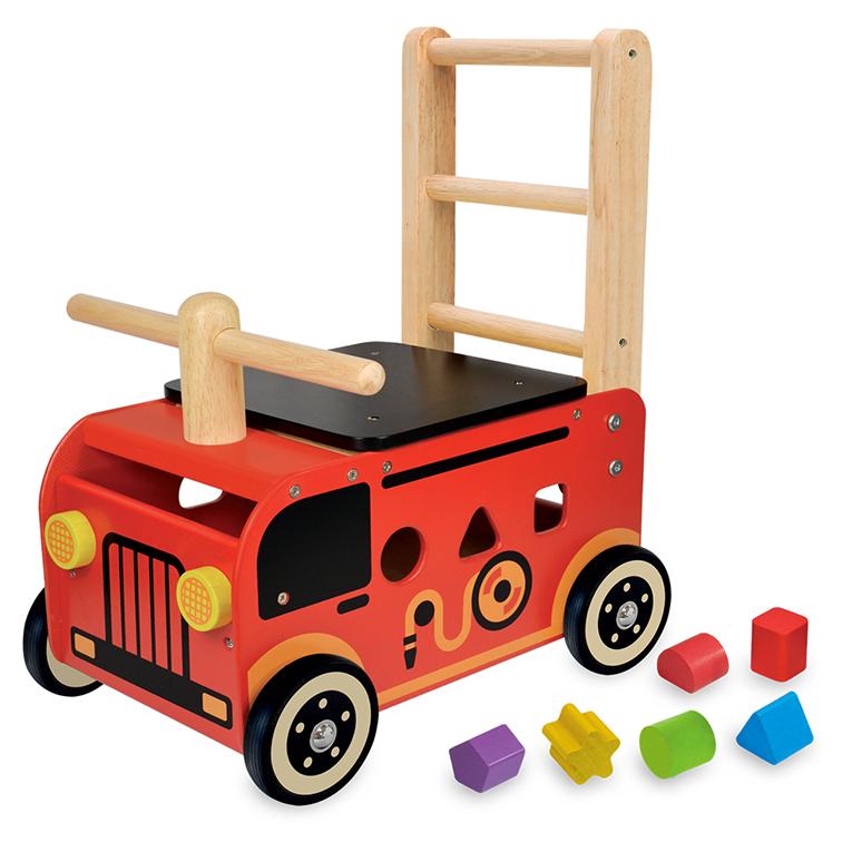 1台4役の消防車の手押し車。よちよち歩きの赤ちゃんに。