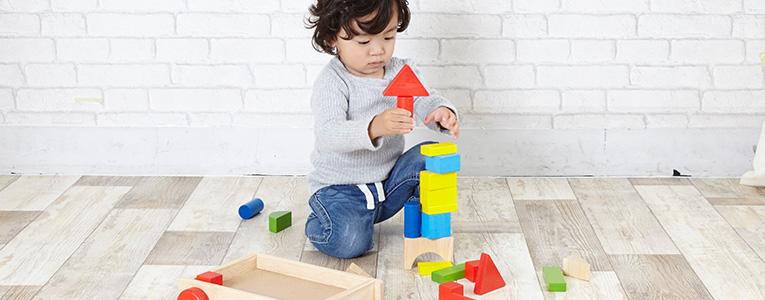 2歳の頃の積み木遊び